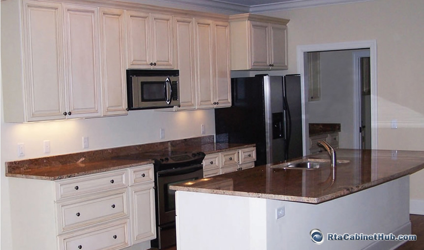 Kitchen cabinets oldtowne white all wood construction ebay for Standard white kitchen cabinets